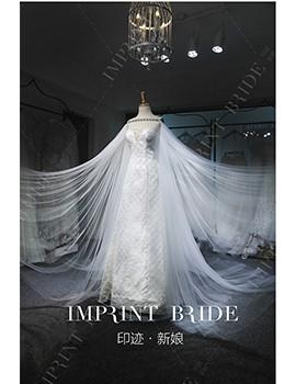 高定A字修身婚纱与手工肩纱的融合