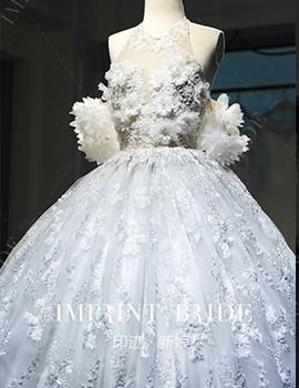 满钉珠重工艺花朵高定婚纱