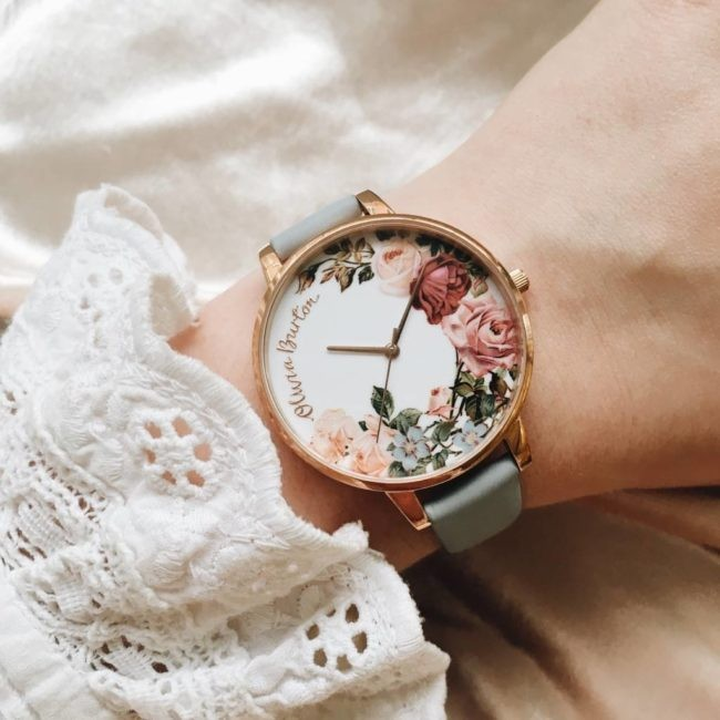 将时间流动成璀璨花园:表在腕间的风景画