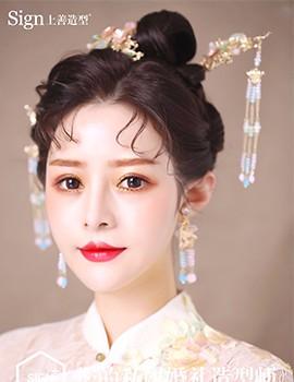 薇拉上善婚纱造型_流盼生姿?,温婉不失大气~